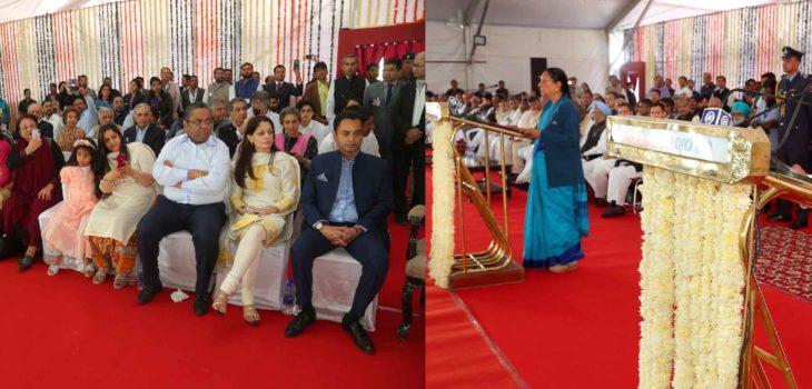 राज्यपाल ने श्री कमलनाथ को मुख्यमंत्री पद की शपथ दिलाई