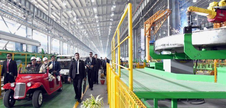 प्रधानमंत्री ने रायबरेली में विकास परियोजनाएं आरम्भ कीं