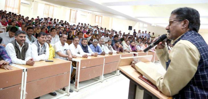 पर्यावरण संरक्षण के लिये सोलर ऊर्जा पर विशेष ध्यान देना जरूरी  – मंत्री श्री यादव